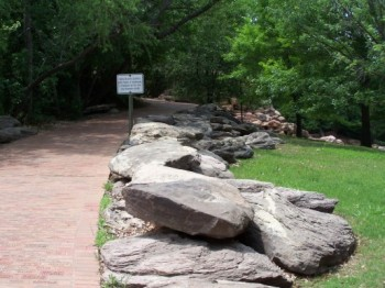 Brick Trail to the Falls